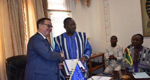 Signature de convention : L'UE appuie le renforcement de l'énergie solaire et domestique