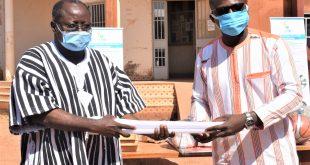 Efficacité énergétique : L'ANEREE ''éclaire'' les cités universitaires du Burkina Faso avec 600 ampoules LED
