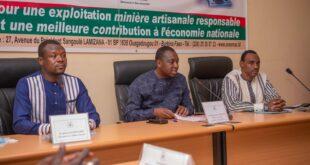 Ministère de l'énergie, des mines et des carrières : Le Dircab et le SG installés